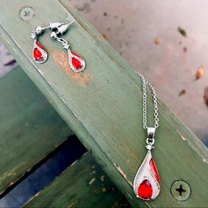 NEW ❤️ Necklace and earring set, red and silver